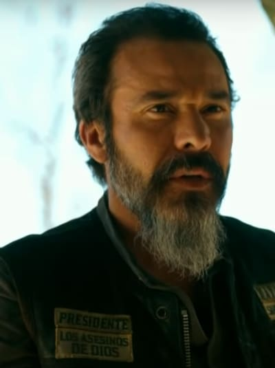 Bishop Helps - Mayans M.C. Season 3 Episode 9