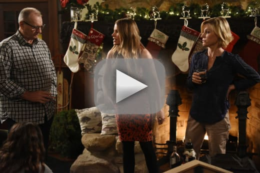 Modern Family Season 7 Episode 9 Review: White Christmas - TV Fanatic