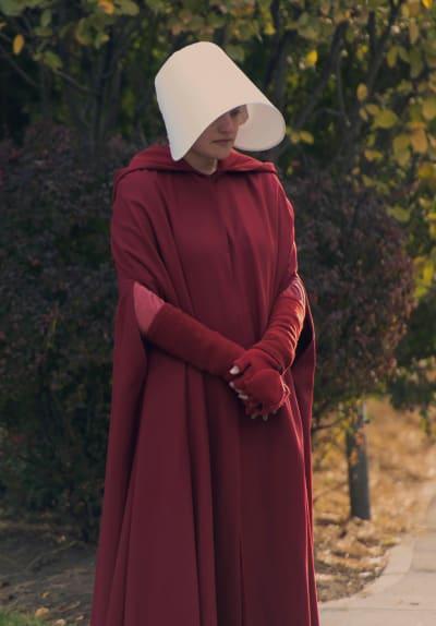 Handmaid in the Street - The Handmaid's Tale Season 3 Episode 1