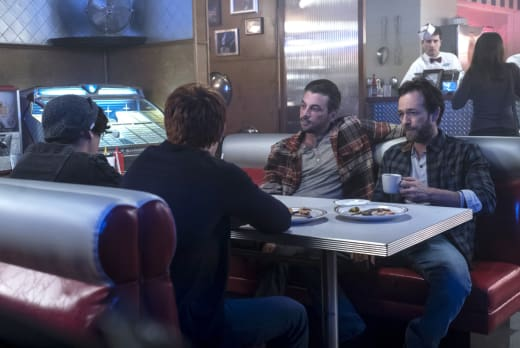 Uncomfortable Family Dinner - Riverdale Season 1 Episode 7