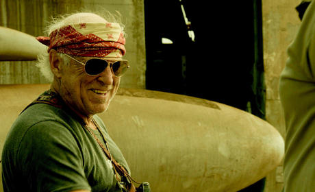 Jimmy Buffett as Frank Bama - Hawaii Five-0 Season 5 Episode 18
