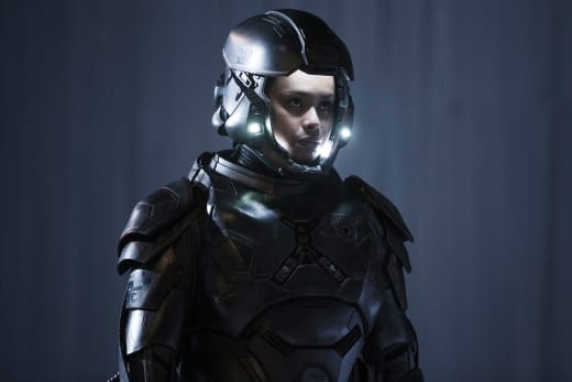 Martian Marine Bobbie Draper - The Expanse Season 2 Episode 6
