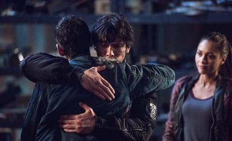 Goodbye for Now - The 100 Season 3 Episode 15