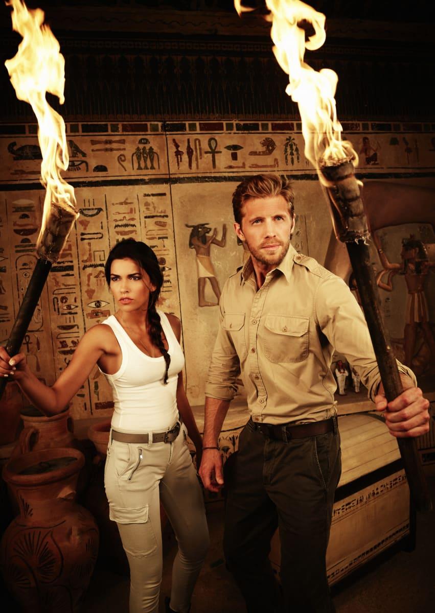 Sofia Pernas And Matt Barr In Blood Treasure Tv Fanatic