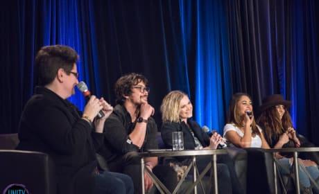 Bob Morley, Eliza Taylor, Lindsey Morgan, Nadia Hilker - Unity Days  - The 100