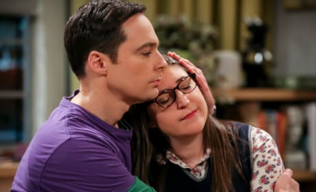 Comforting Amy - The Big Bang Theory