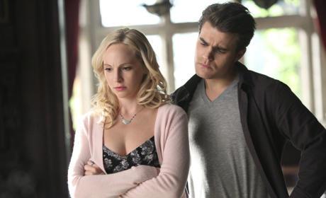 It Looks Crooked - The Vampire Diaries Season 6 Episode 13
