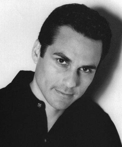 Pic of Maurice Benard