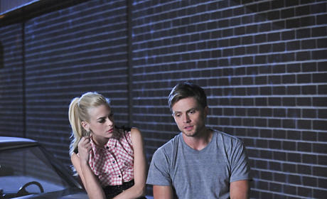 Lending an Ear - Hart of Dixie Season 4 Episode 10