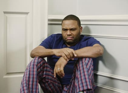 Watch black-ish Season 1 Episode 16 Online