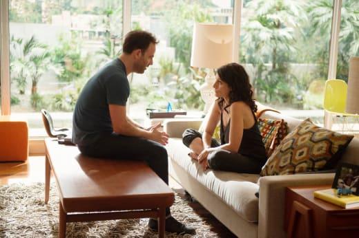 Another Conversation - Girlfriends' Guide to Divorce Season 3 Episode 1