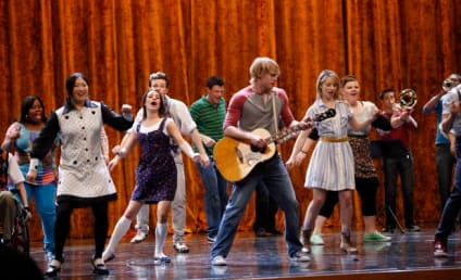 "Glee Review: ""Rumours"""