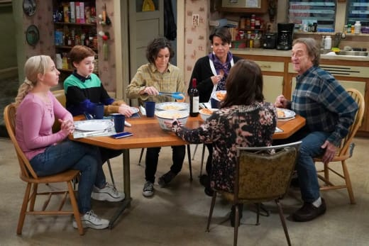 Company For Dinner - The Conners Season 3 Episode 4