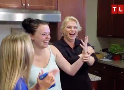 Watch Sister Wives Season 7 Episode 1 Online