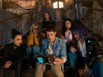 Reunited Runaways - Marvel's Runaways Season 3 Episode 3