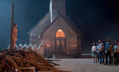 Onlookers Beware - Midnight, Texas Season 2 Episode 9