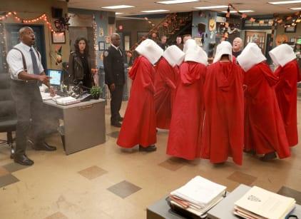 Watch Brooklyn Nine-Nine Season 5 Episode 4 Online