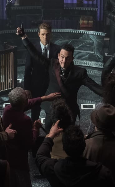 Judge and Lawyer - Gotham Season 5 Episode 4