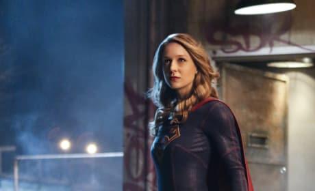 Supergirl is Ready for Battle - Supergirl Season 2 Episode 10