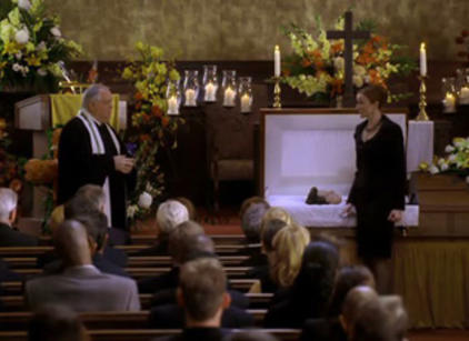 Watch Desperate Housewives Season 2 Episode 1 Online