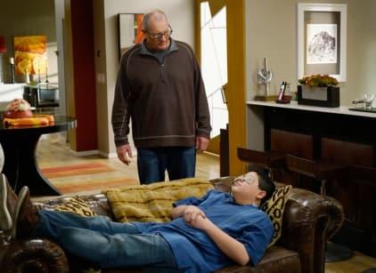 Watch Modern Family Season 6 Episode 21 Online