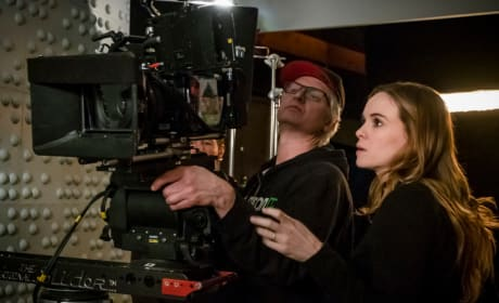 Danielle Panabaker Behind The Lens - The Flash Season 5 Episode 18