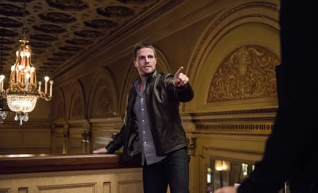 Spotted!! - Arrow Season 4 Episode 2