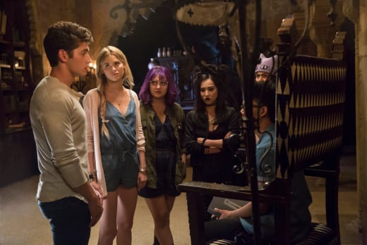 Trying to Work It Out - Marvel's Runaways Season 1 Episode 5