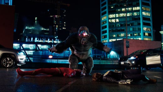 Gorilla Grodd Ready To End Flash - The Flash Season 5 Episode 15