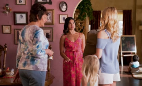 Petra's Brunch - Jane the Virgin Season 4 Episode 9