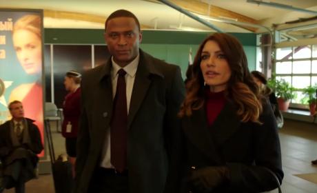 Diggle and Tina are Friends - Arrow