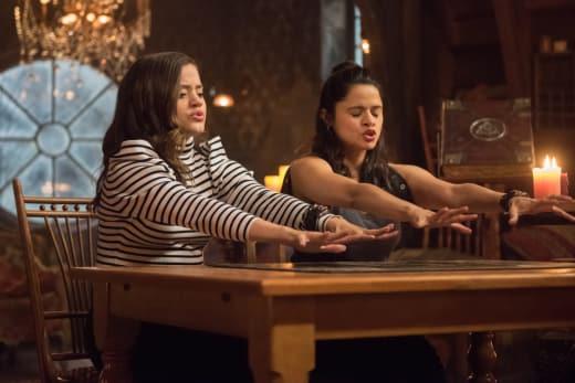 Spirit Board - Charmed (2018) Season 1 Episode 2