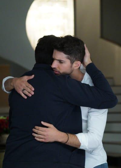 Fatherly Love - Grand Hotel Season 1 Episode 5