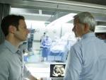 Hank Helps Boris - Royal Pains