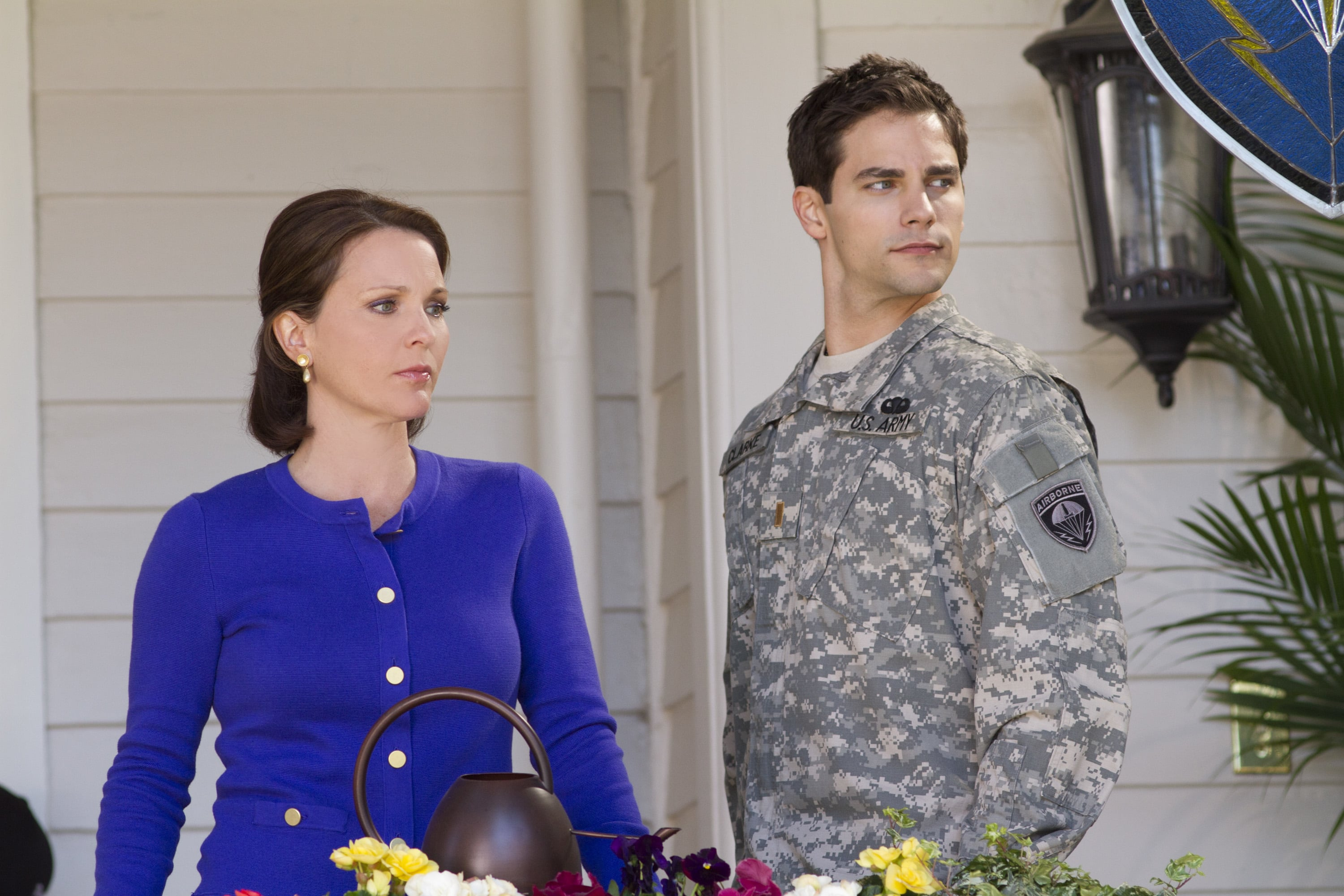 Watch army wives season 5 episode 6: walking wounded on lifetime.