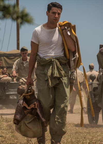 Yossarian Carries His Belongings - Catch-22 Season 1 Episode 1