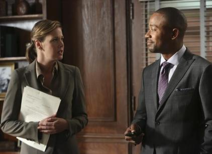 Watch Scandal Season 2 Episode 1 Online