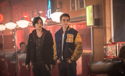 Riverdale Season 1 Episode 2 Review: Chapter Two: A Touch of Evil