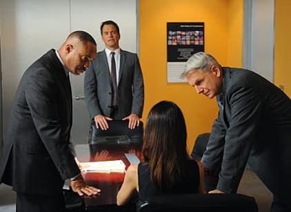 Watch NCIS Season 9 Episode 15 Online