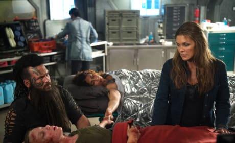 Grounders in Distress – The 100 Season 4 Episode 3