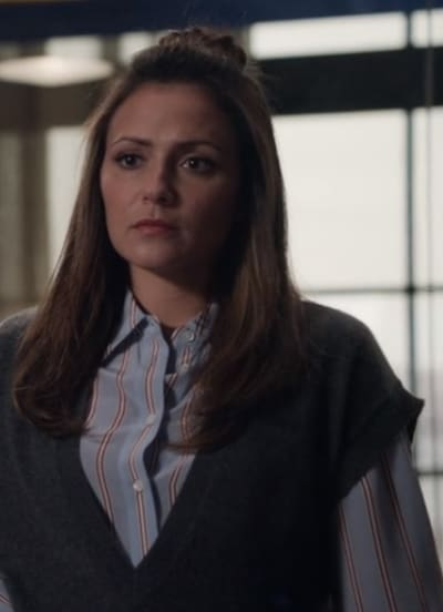 Emily Stressed Out  - Designated Survivor Season 3 Episode 3