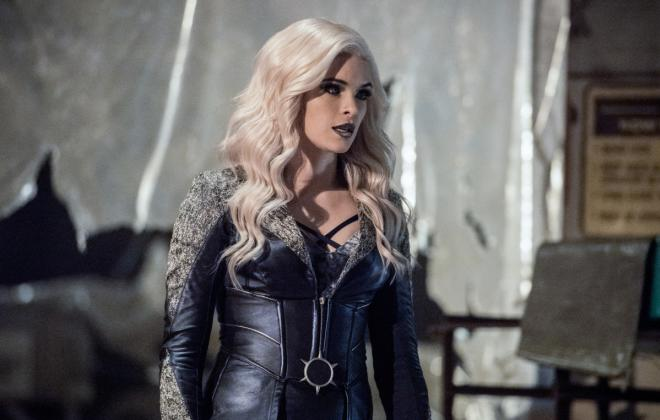 The Flash Photos: Killer Frost Takes a Hostage