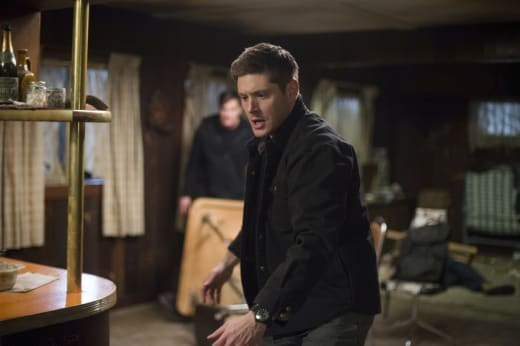 Dean attacks - Supernatural Season 12 Episode 16