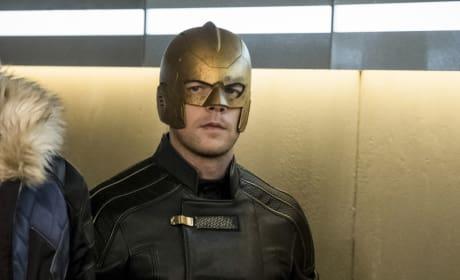 Behold The Ray - Arrow Season 6 Episode 8