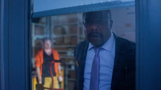 Mayor Gus - The Mist Season 1 Episode 3