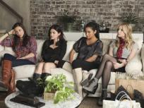Pretty Little Liars Season 2 Episode 1