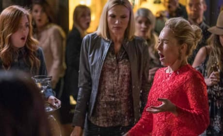 Juliette drink in face - Nashville Season 5 Episode 19