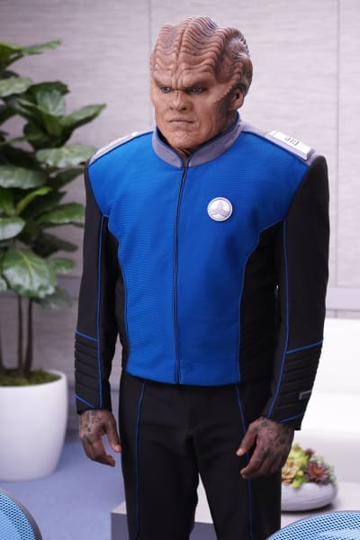 Bortus Up Close - The Orville Season 2 Episode 6
