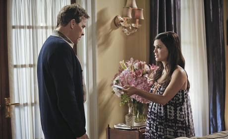 A Gift? - Hart of Dixie Season 4 Episode 6