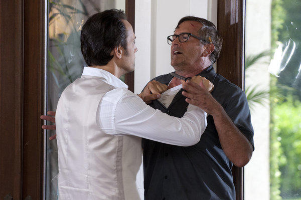 Burn Notice Knife Fight